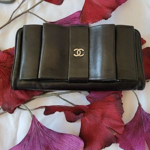 CHANEL 2013 Double Bow Wallet / Clutch